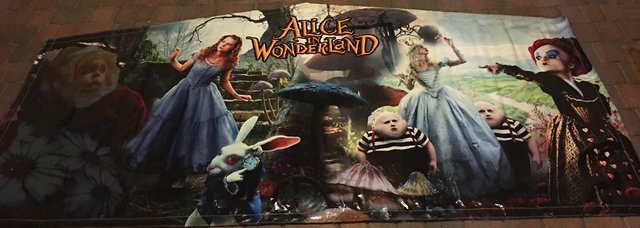 Alice_In_The_Wonderland_Banner
