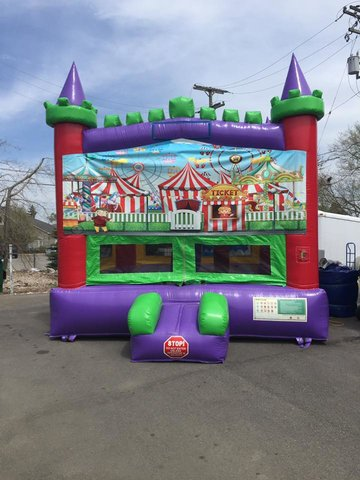 Carnival Deluxe Bounce House