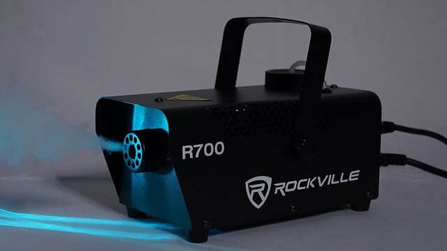 Rockville R700 fog/smoke machine