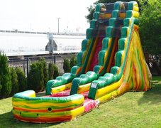 21ft Fiesta water slide and splash pool 1.5HP blower