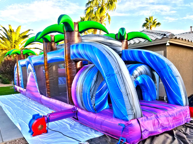 40ft Tropical Obstacle Course