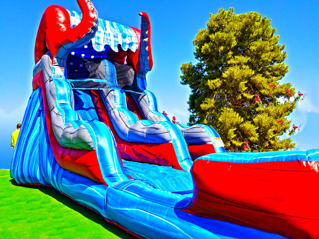 18ft Ocean Battle Water Slide