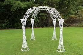 Decoration - White Wicker Gazebo