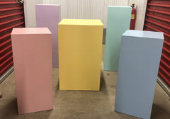 PASTEL COLOR SQUARE PLINTHS
