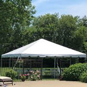 20 x 20 Frame Tent Seats 32-40