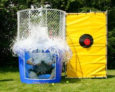 Dunk with Window package. Customer must have own water source) Adult sitting in Dunk Tank must sign a Waiver which will be emailed to you prior to delivery. Print copies for individuals to sign.