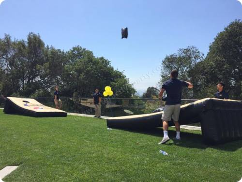 giant-corn-hole-toss