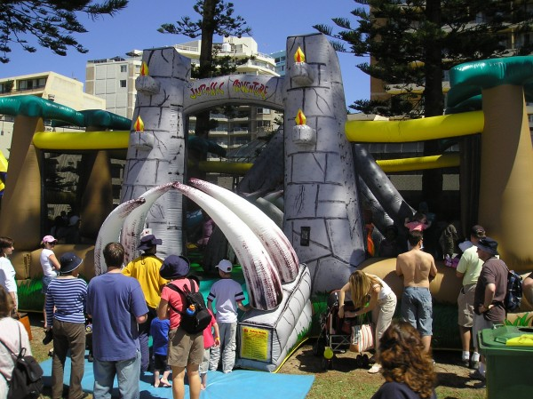 jurassic-adventure-bouncy-house