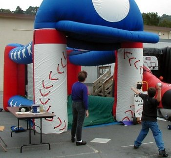 inflatable-baseball-speed-pitch game-rentals
