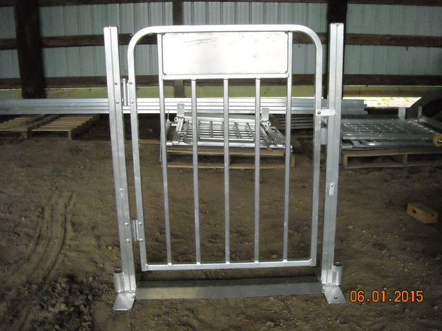 Ride Fence Gate