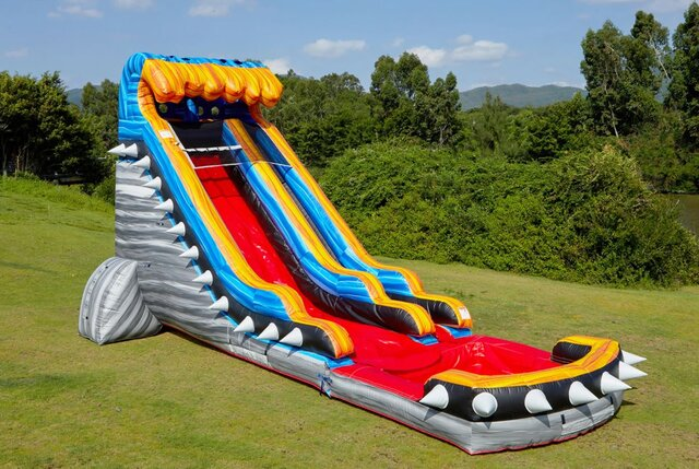 19ft Fortress Slide (DRY)