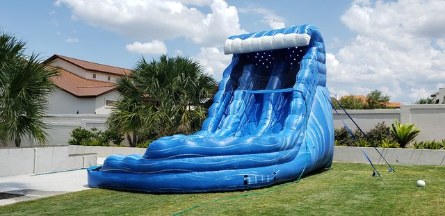 18ft Monster Wave Water Slide