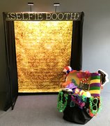 "Selfie Booth <font color=""red""><b> Free Delivery</font color=""red""></b>"