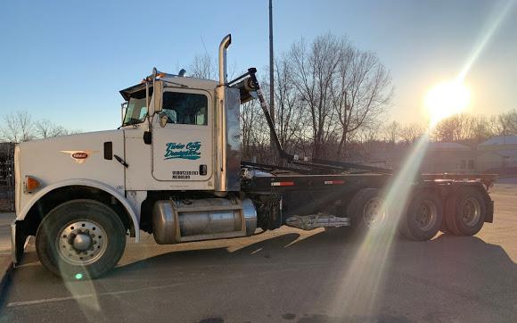 twin city dumpsters truck