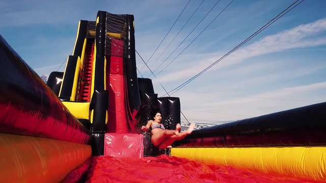 Sling Shot Super Slide (WET)