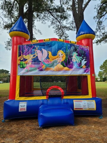 Mermaid Classic Medium Bounce House