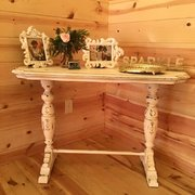 Small White Distressed Table