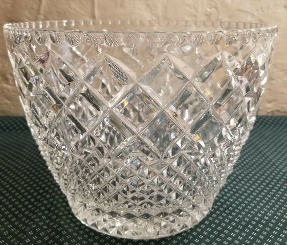 Glass Punch Bowl - 3 Gallon