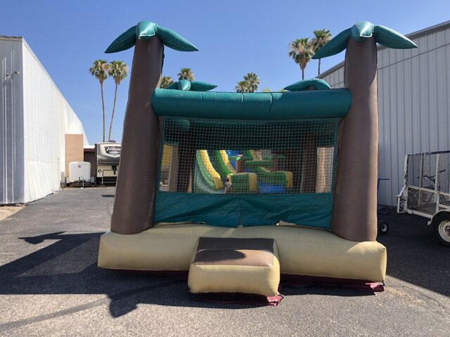 15' X 15' TROPICAL JUMPING CASTLE